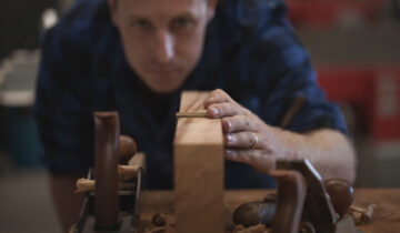 In pursuit of perfection – The art of the most beautiful materials in the hands of artists/makers